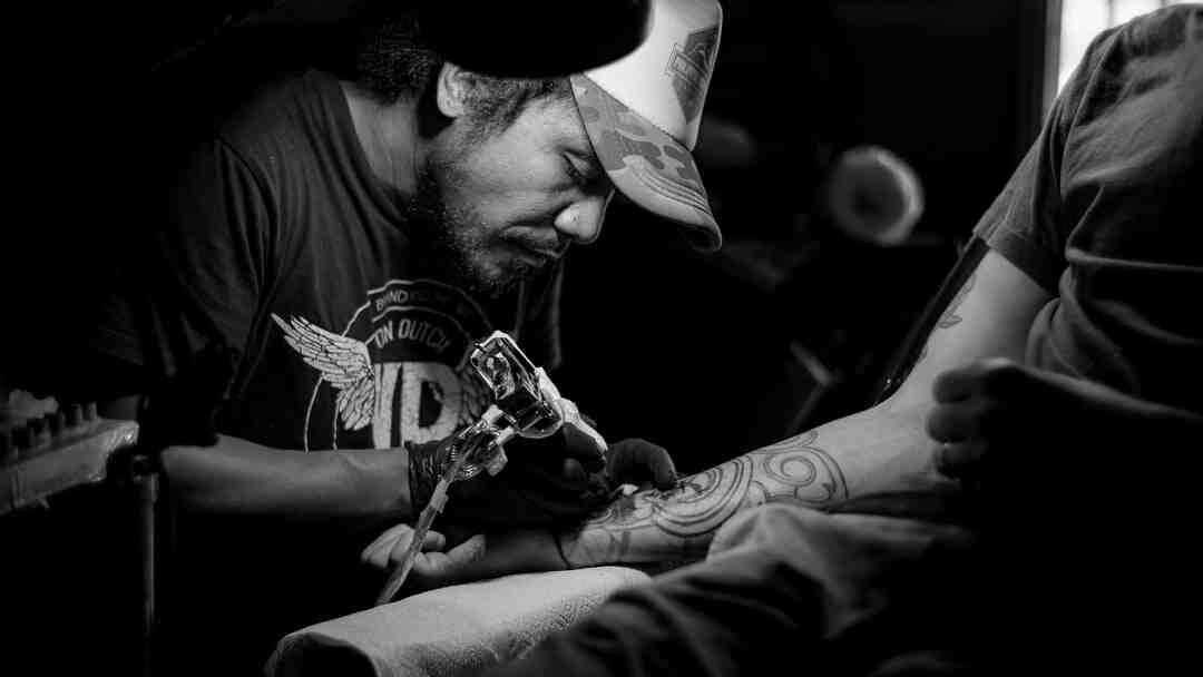 Comment adoucir un tatouage ?