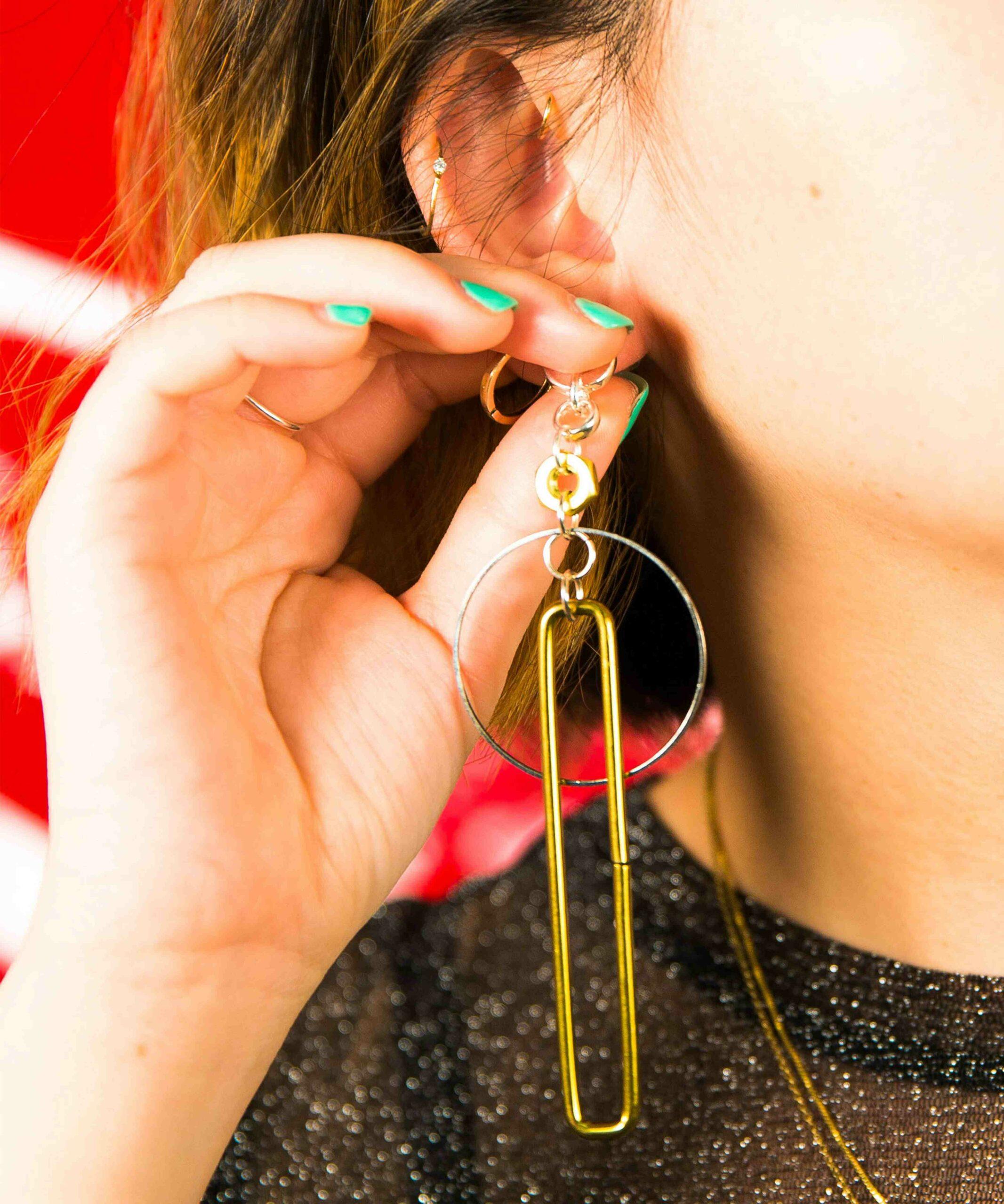 Comment soigner un piercing infecté à l'oreille