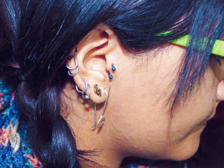 Est-ce que c'est dangereux de se percer les oreilles ?