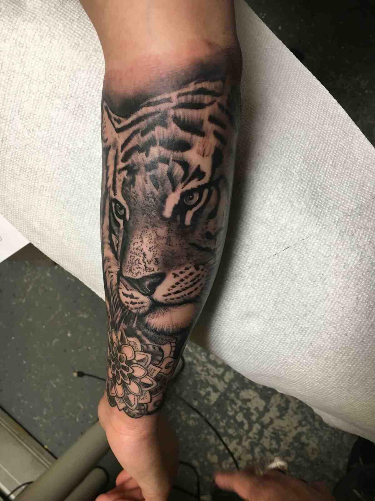 Quel est le prix d'un tatouage sur l'épaule ?